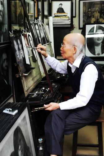 Wietnam -artysta wHanoi.